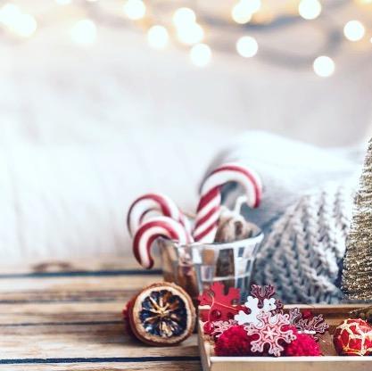 Allez les petits loulous, encore une journée à être sage : c'est ce soir!!! Passez tous un merveilleux réveillon de Noel