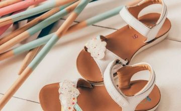 Aujourd'hui c'est l'été !!! #diabolomenthebayeux#chaussuresenfants#shoopom#bayeux#ete2021